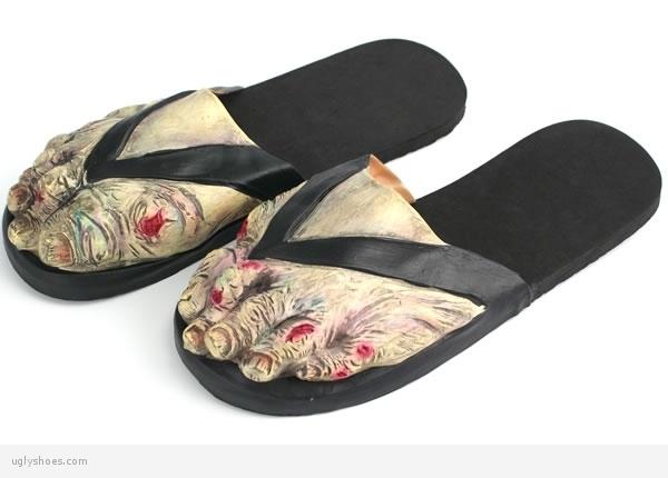 brzydkie sandały