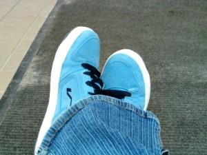 zamszowe obuwie