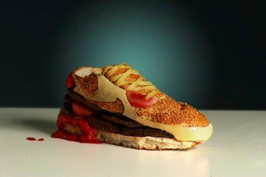 buty podobne do hamburgerów